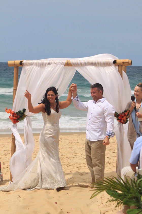 Morning wedding Buddina beach