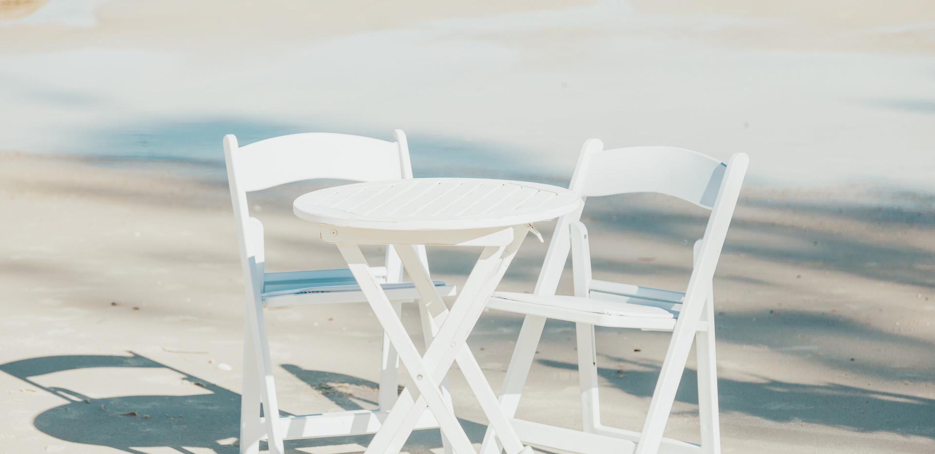 signing table sunshine coast