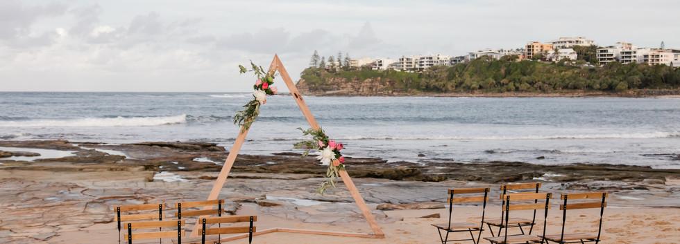 Triangle wedding arch