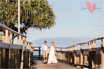 Easy, breezy elopements and intimate weddings