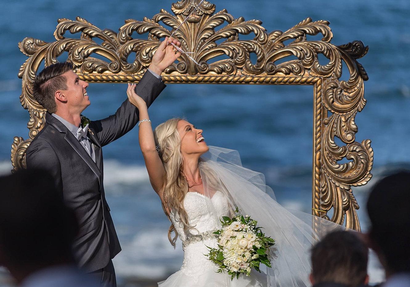 Wedding styling queensland dream wedding ceremonies hannah frame balloon release junglespirit Choice Image