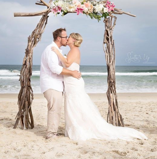 Driftwood wedding arbour packages for hire sunshine coast