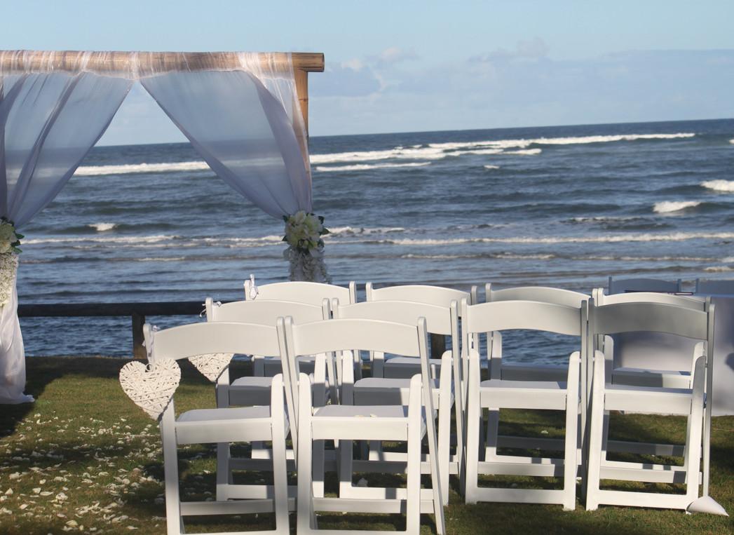 2 post wedding arbour