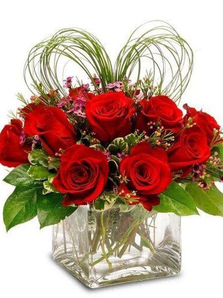 Valentines rose vase
