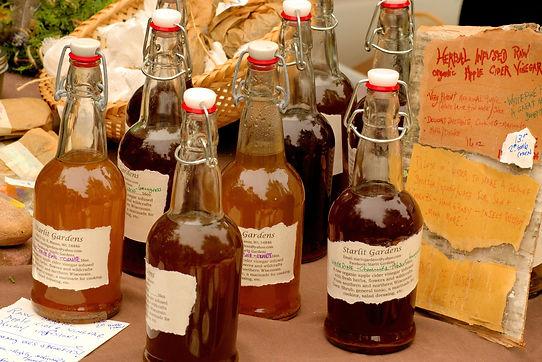 Vinegar, cider