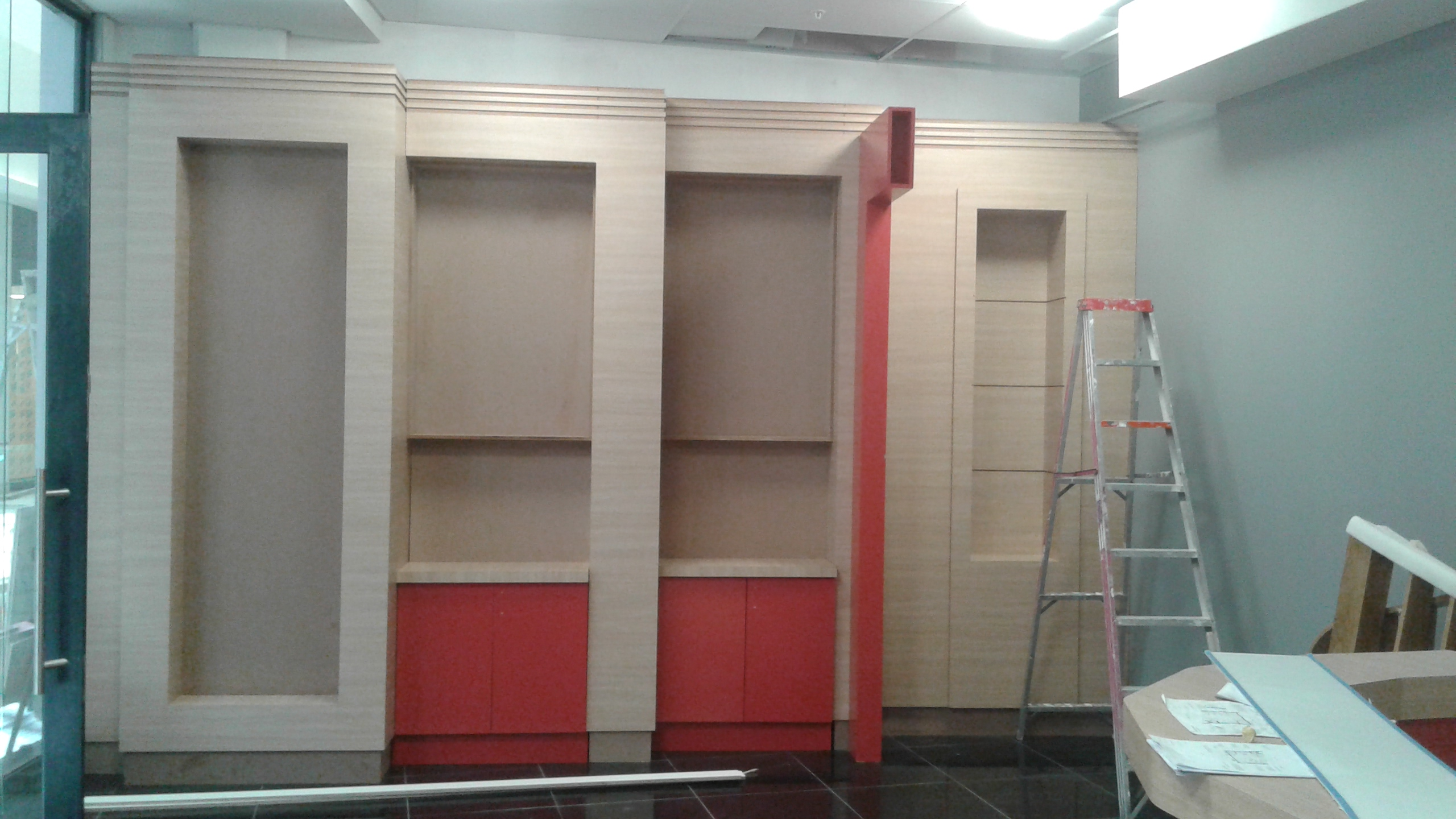 Shopfitting - shelving