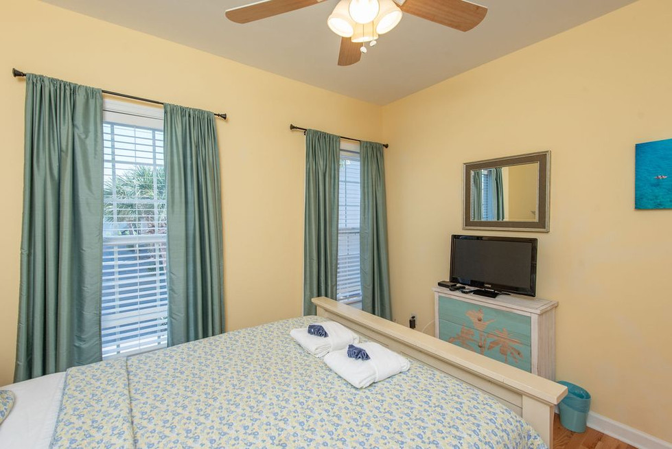 guest-room-1a.jpg