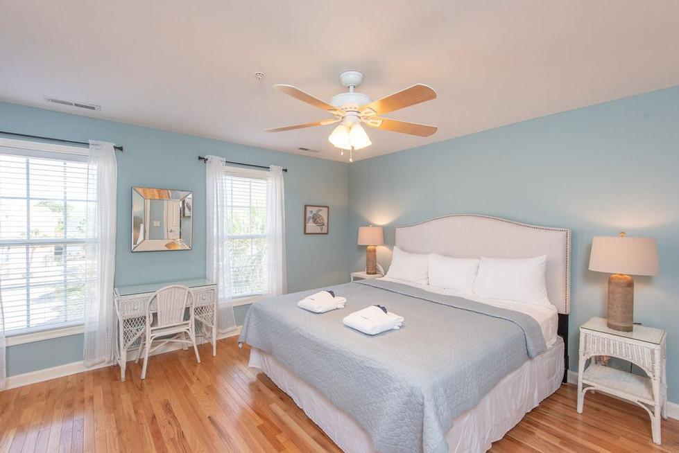 guest-bedroom-2a.jpg