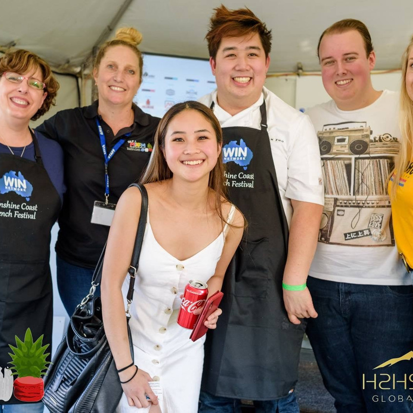 Sunshine French Food Festival - group pi