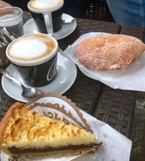 Calabria - Taurianova - breakfast + bar.