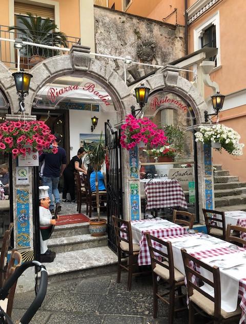 Taormina - restaurant entrance + seating