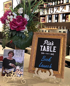 Pias Table - Book Launch - Sign-book_edi