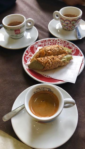 Rome - cafe coffee and cannoli