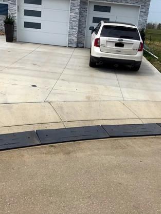 curb ramp grey2.jpg