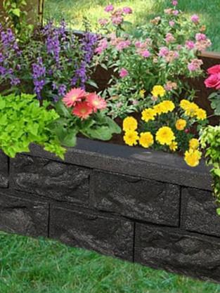 shanes yard w flowers cropped.jpg