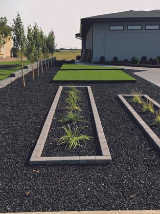 mulch Greenbryre 3.jpg