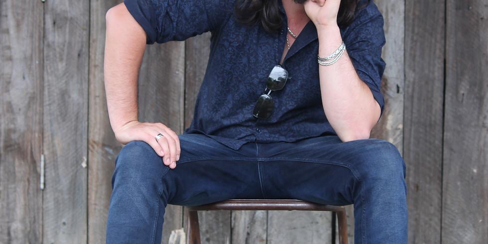 Darren Rolling Keys // Sunday Live Music