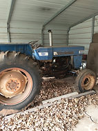 Long 560 Tractor.jpg