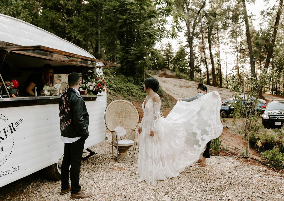 The Shootout Society Moody Lake Wedding