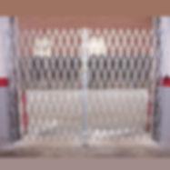 Heavy-Duty-Pair-Gate-cropped4.jpg