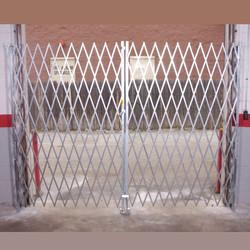 Heavy Duty Pair Gate