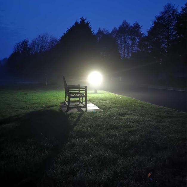 Park-bench-2-Allerthorpe.jpg