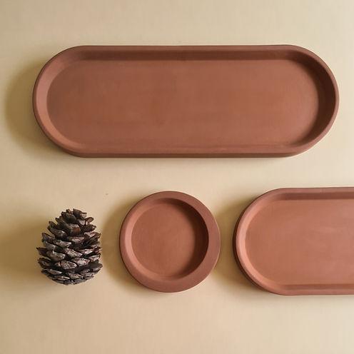 Long tray, terracotta 01.jpg