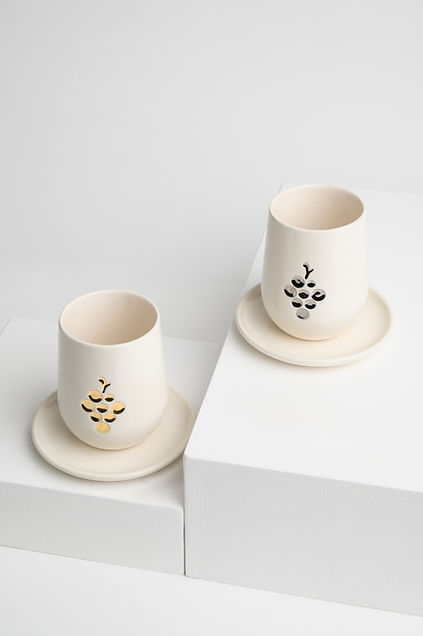 kiddush cup, ceramic kiddush cup , modern judaica, handmade in Israel, יודאיקה, יהלומיס, yahalomis, kiddush cups, contemporary judaica, modern kiddush cup, כוס קידוש מעוצבת, קרמיקה עכשווית עבודת יד, כוסות קידוש