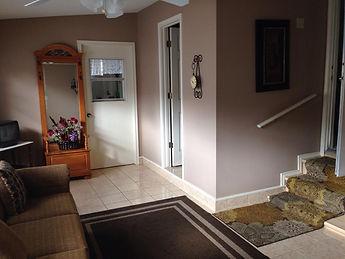 4225 MN_TX Room.jpg