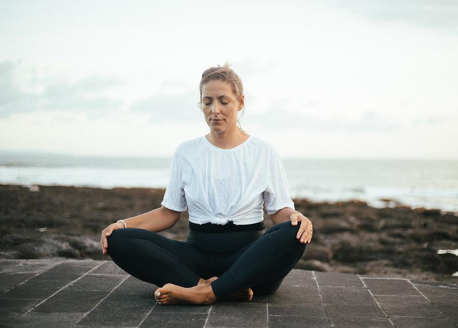 Just meditate Duesseldorf Pranayama Yvonne Landmann Meditation Mentoring.jpg