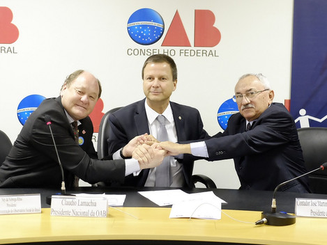 CFC, CFOAB e Observatório Social do Brasil assinam Acordo do Cooperação com foco na eficiência da ge