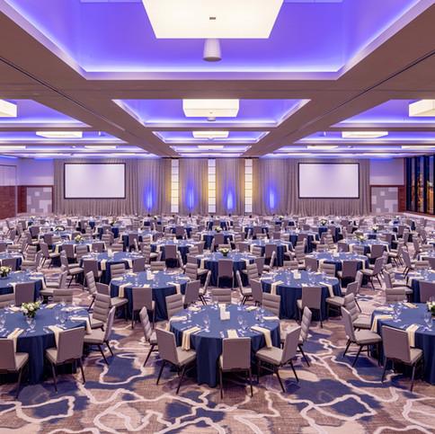 SEARL_P026_Grand_Ballroom_Banquet_Straig