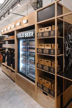 Monocot-Thirsty Beer Shop-10