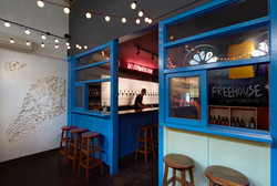 FreeHouse Bar Counter