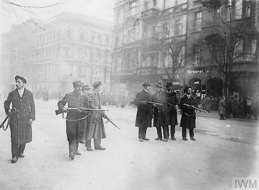 Ep 8 Armed Spartacists in Berlin 1918 IW