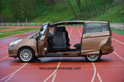 Ford B max Turnout
