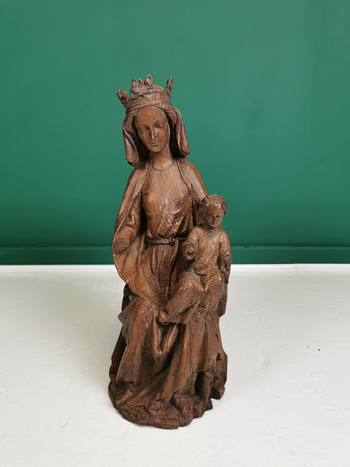 Resin copy of 13th century Virgin mother & child statue