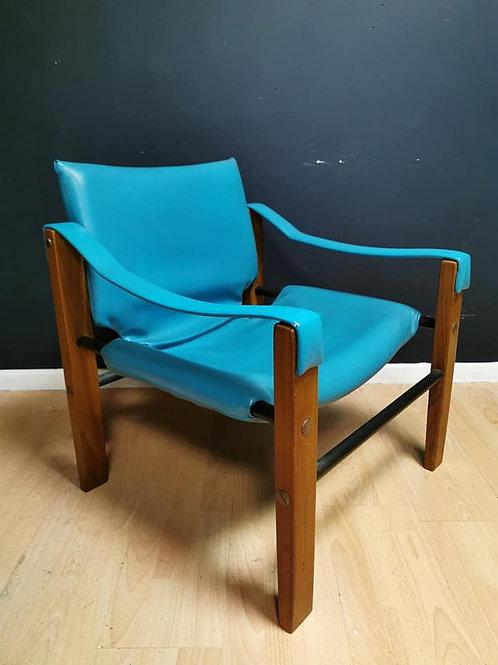 Arkana blue safari chair