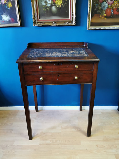 Early 20th century clerks desk