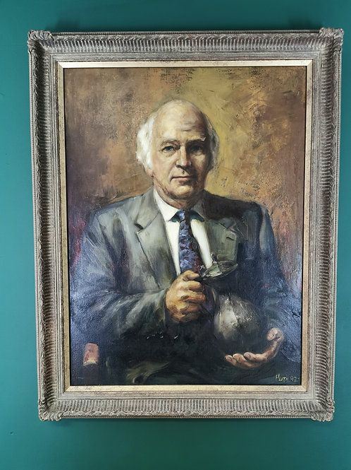 Oil painting portrait of gentleman signed Heath 92