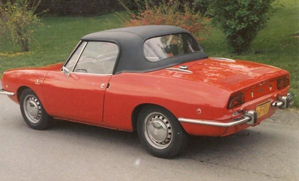 1967-73-Fiat-850-black-haartz-hardtop