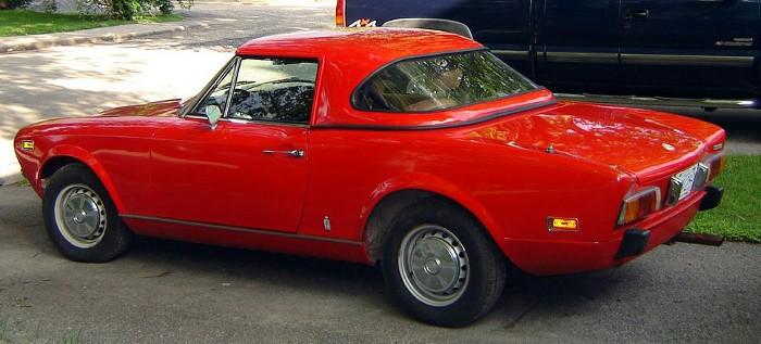 Fiat124-hardtop-2