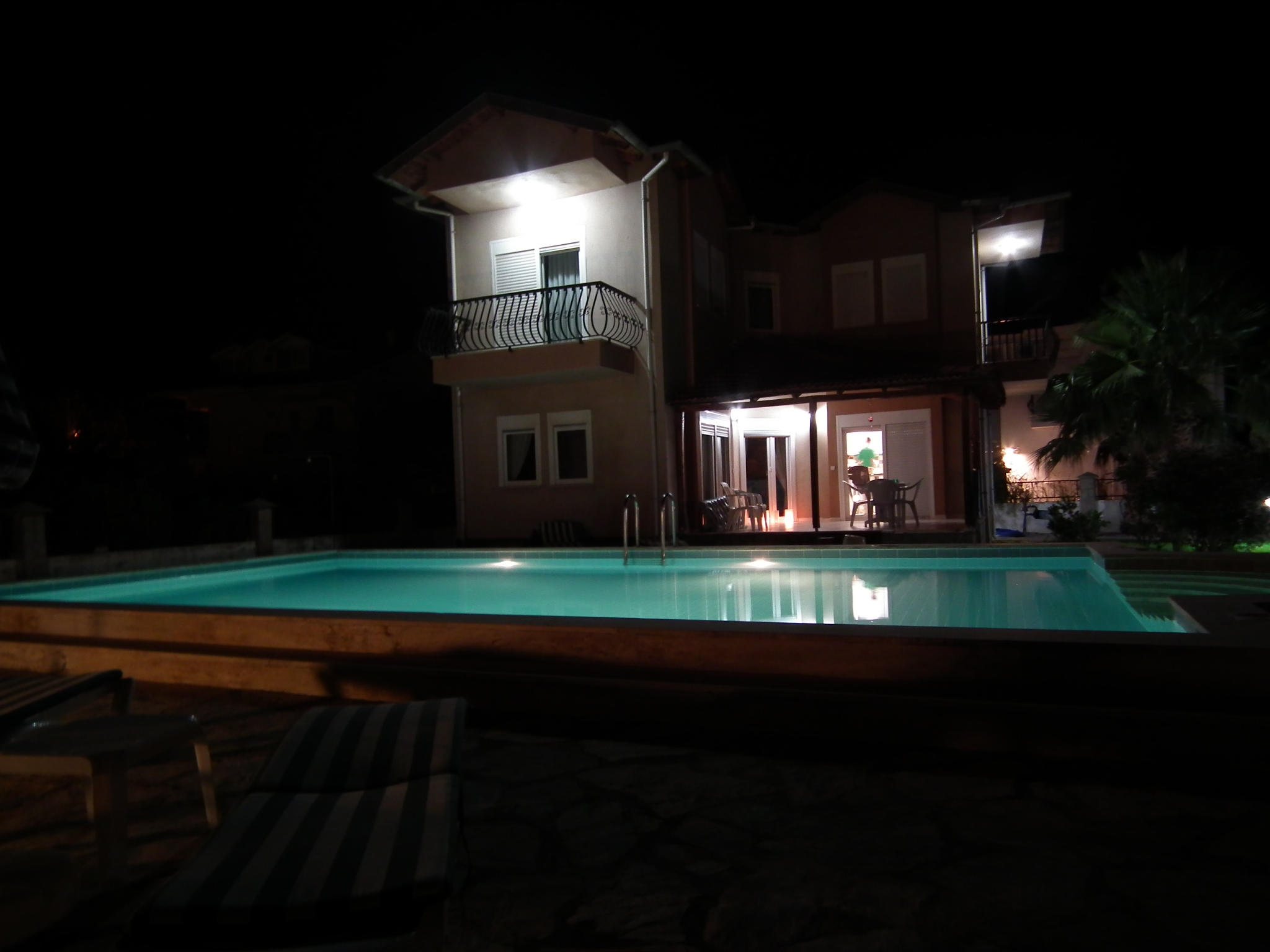 The Dreamturkishvilla at night