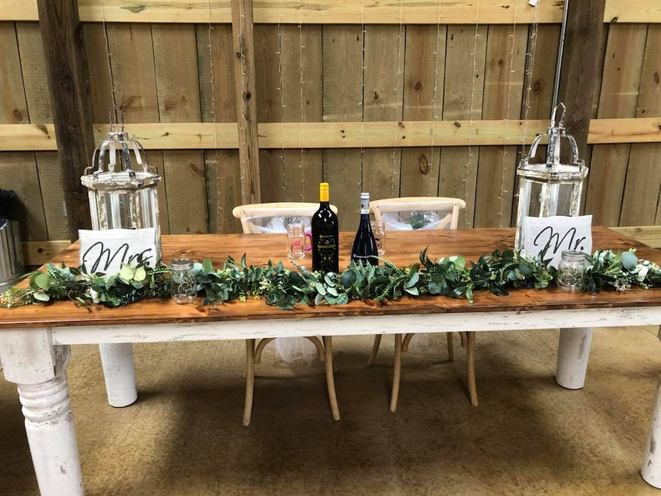 Rosie Creek Farms Head Table