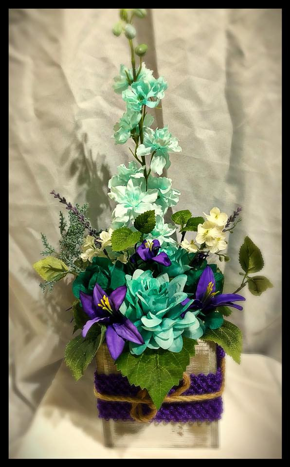 Ocean Blue and Purple Centerpiece