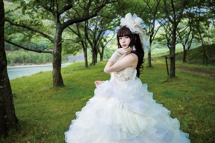 アリスのウェディングドレス