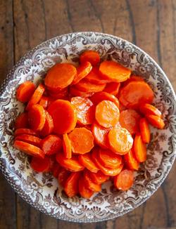Maple orange glazed carrots