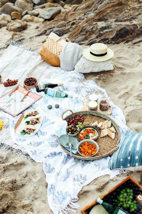beach picnic.jpg