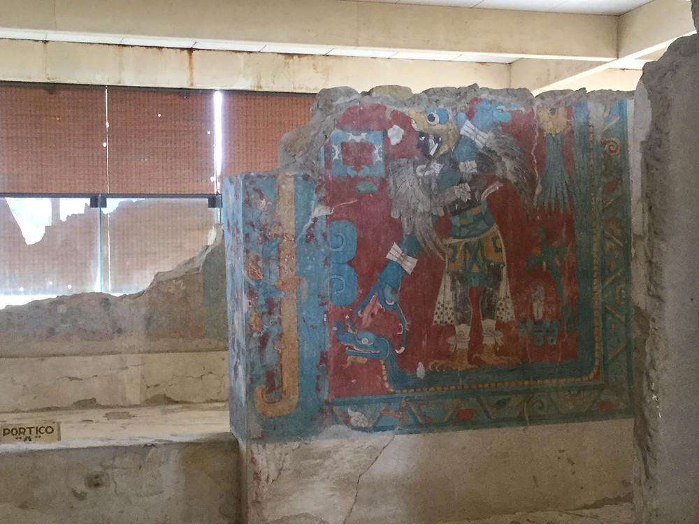 Malowidło naścienne przedstawiające wojownika- ptaka