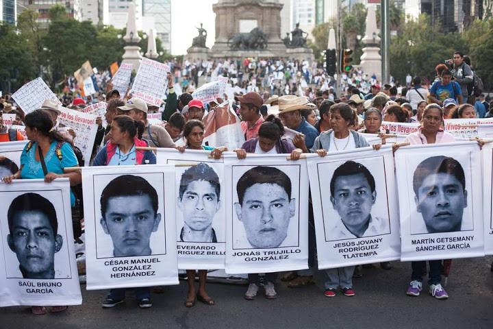 http://www.vanguardia.com.mx/articulo/padres-de-los-43-de-ayotzinapa-anuncian-toma-simbolica-de-pgr